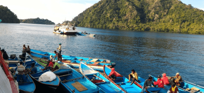 Helping the Banda Traditional Tuna Fishers to comply with the Fishing regulations