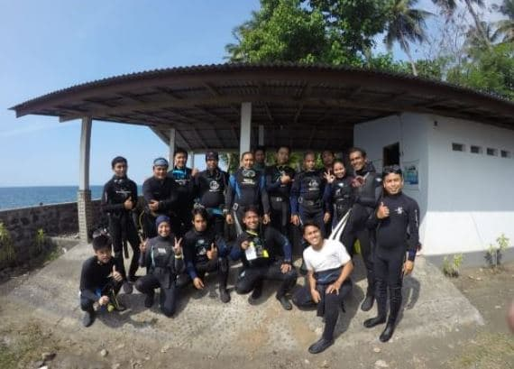 Participants from 6 community groups in Buleleng North Bali